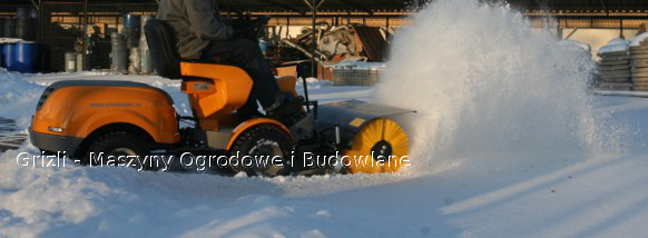 Stiga Park i szczotka do śniegu
