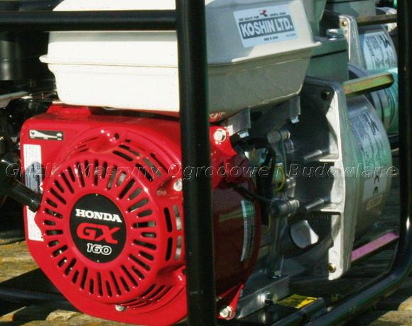Pompę Koshin STH 80X napędza silnik Honda GX 160