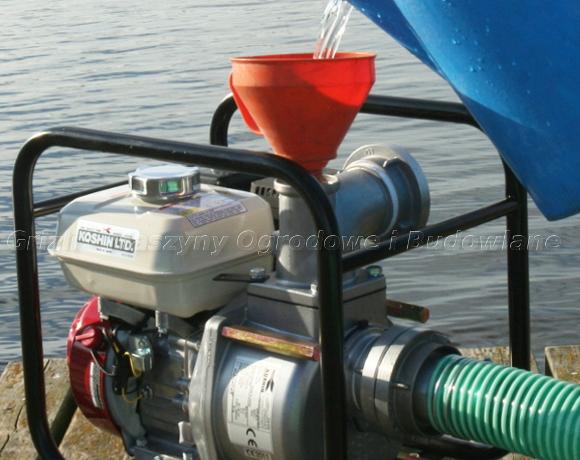 Koshin STH 80X – zalanie korpusu pompy wodą