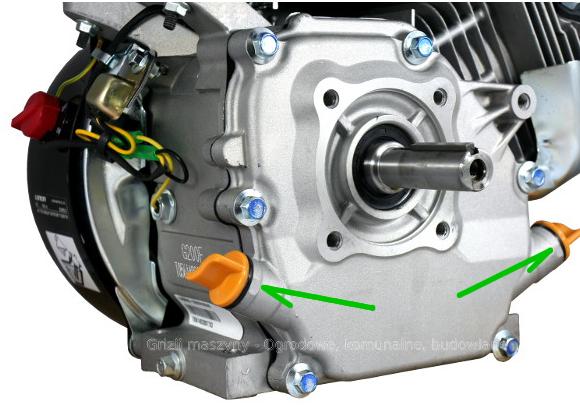 Loncin G200F - blok silnika z zaznaczonymi korkami wlewu oleju