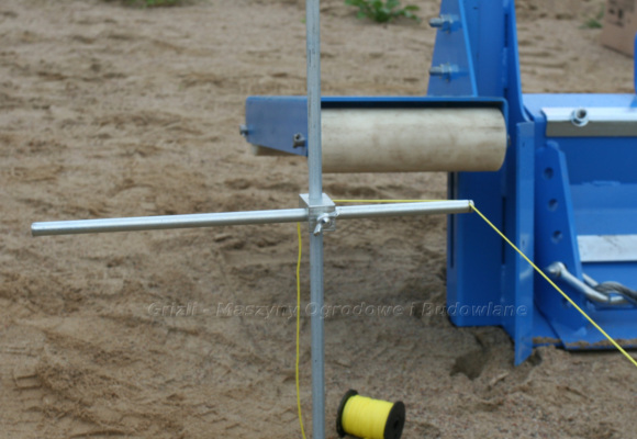 Urządzenia do układania polbruku. Zestaw do tyczenia Jazon. Tutaj widok na początek tyczenia