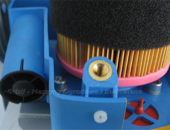 Weber - ubijak SRV 650 - widok na filtr powietrza główny