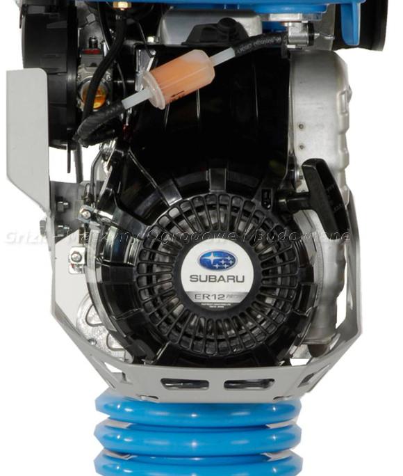 Ubijaki Weber - SRV 650 - widok na silnik, w tym filtr paliwa